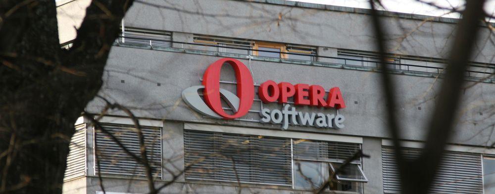 - Ingen god løsning for brukerne, sier Opera Software om Microsoft beslutning om å levere Windows helt uten nettleser.