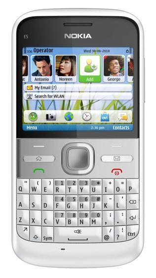 Nokia kutter alle mobilprisene