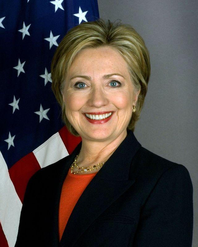 Clinton krever frihet på nettet