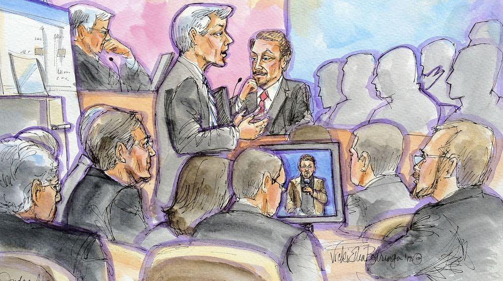 Oracles toppsjef, Larry Ellison (til høyre i midten) er avbildet mens han spørres ut av Google-advokaten  Robert Van Nest under andre dagen av rettssaken om patenter og opphavsrett knyttet til bruken av Java i Googles Android-system den 17. april 2012 i San Francisco. Også dommeren i saken, William Alsup,er avbildet (til venstre for midten).