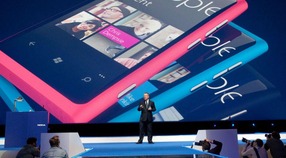 Windows Phone-satsingen til Nokia har så langt ikke greid å snu den negative utviklingen til selskapet.