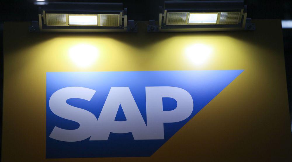 SAP leverer meget sterke resultater og kraftig vekst i årets andre kvartal - selv om verdensøkonomien seiler i tung motvind. Sterk etterspørsel etter raske analyseløsninger og skytjenester er med å drive opp resultatet.