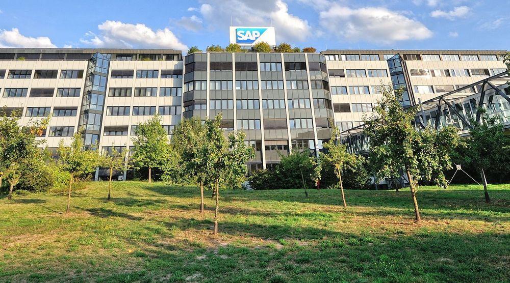 Fra SAPs hovedkvarter i Walldorf. Fra fjerde kvartal 2011 til fjerde kvartal 2012 økte SAP omsetningen med 12 prosent, mens tallet på ansatte økte med 16 prosent.