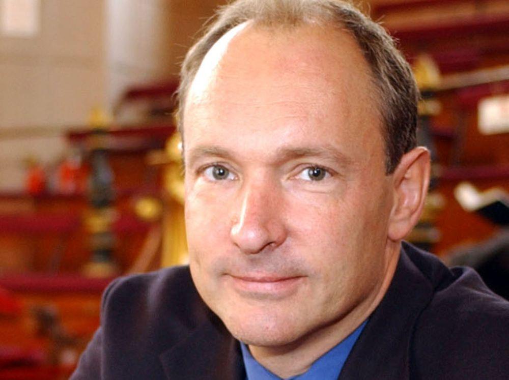 Berners-Lee angriper pakkeinspeksjon