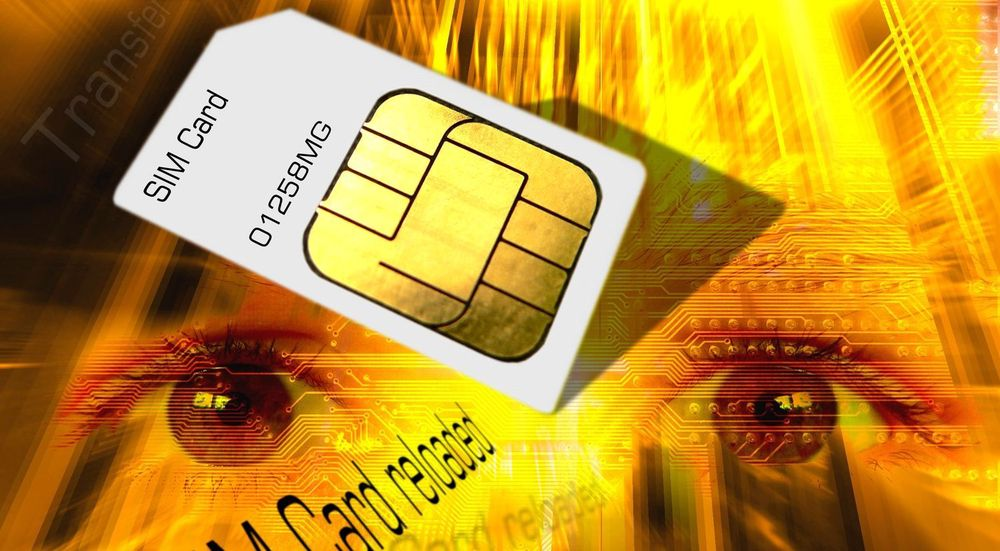 SIM-kort brukes for å knytte en mobilenhet til en brukerkonto på en sikker måte. Det første SIM-kortet ble laget i 1991.