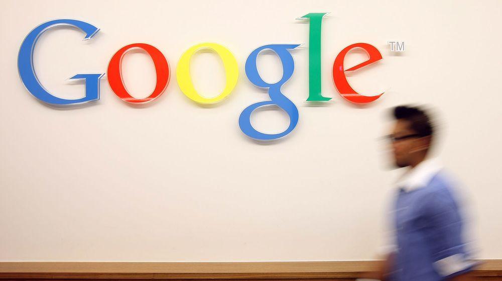 Google gikk mandag kveld forbi Microsoft målt i markedsverdi. Analytikere mener det er et utslag av PC-ens fallende dominans i IT-markedet.