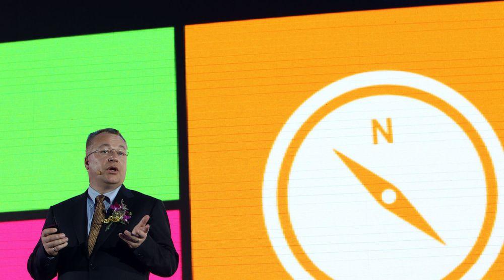 Tiden er iferd med å renne ut for toppsjef Stephen Elop (bildet) og Nokia. Selskapets taper store penger og bruker stadig mer av kapitalen som er opptjent den gangen Nokia hadde mobilmarkedet i sin hule hånd.