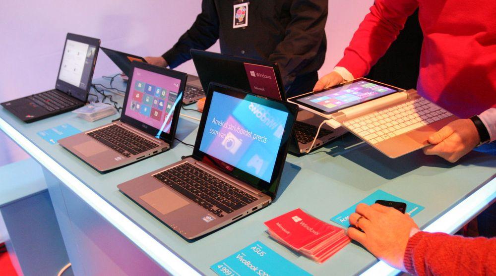 Salget av Windows 8 har ikke svart til forventingene, erkjenner store norske forhandlere. Microsoft sier seg fornøyd, men erkjenner at tilbudet av nye pc-er har vært ganske skralt så langt.