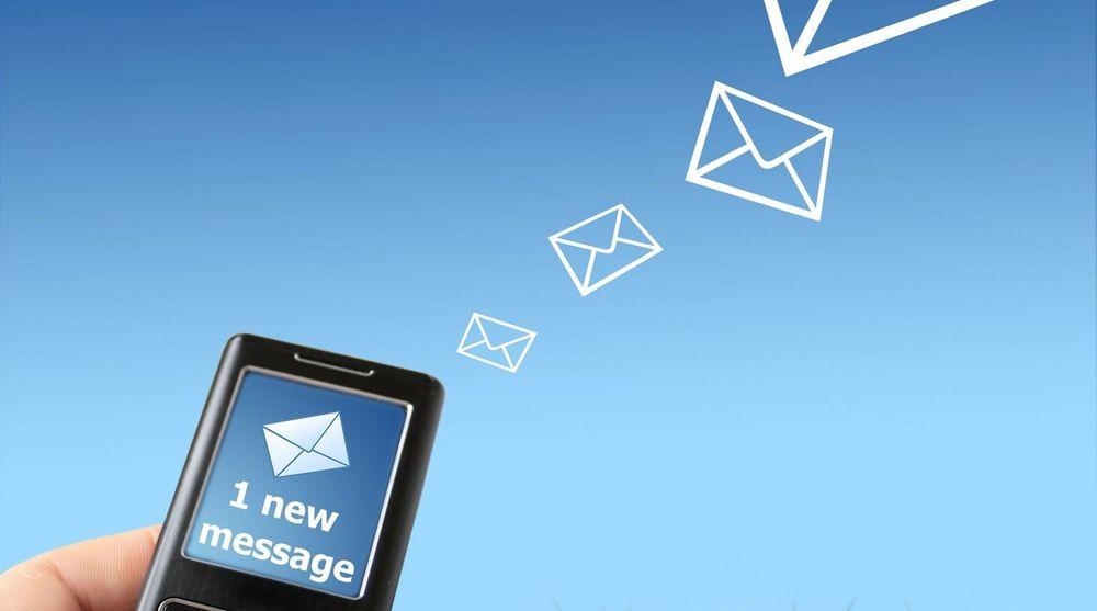 Ifølge ITU ble det sendt 6,1 billioner SMS-er globalt i 2010.