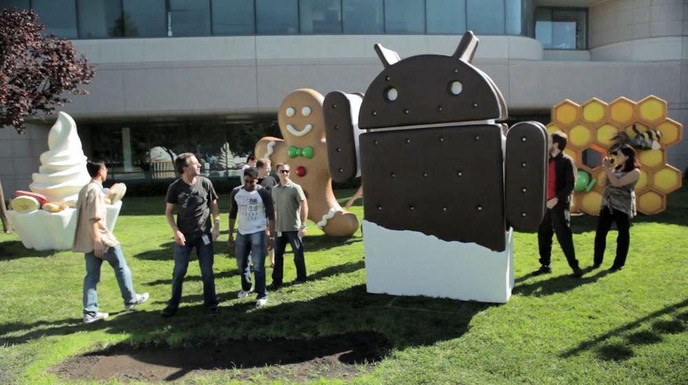 Statuen for Ice Cream Sandwich-utgaven av Android ble stilt opp ved Googleplex denne uken.