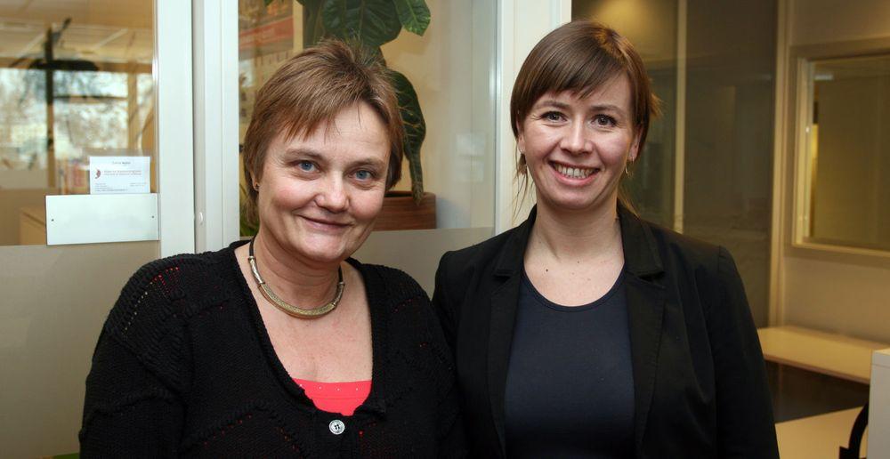 (fra v.) Fornyingsminister Rigmor Aasrud besøkte i dag for første gang Friprogsenteret og direktør Heidi Arnesen Austlid.