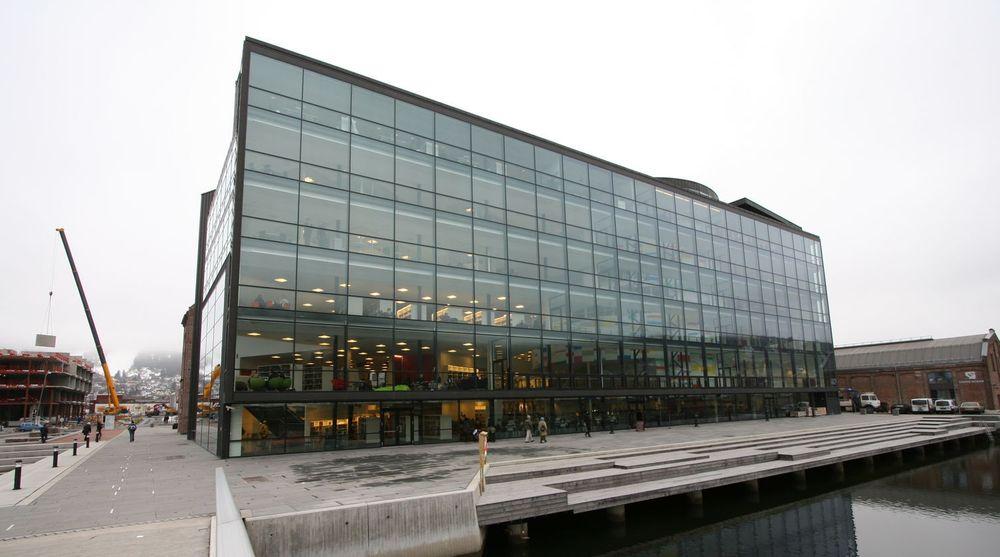 Får tilskudd: Friprogsenteret har bare tre ansatte, som holder til i lokaler her ved Papirbredden i Drammen.