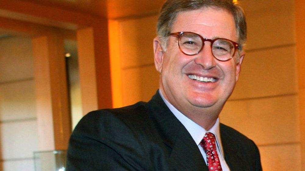 IBMs toppsjef, Sam Palmisano, er klar for oppkjøp for å øke veksten innen programvaredivisjonen.