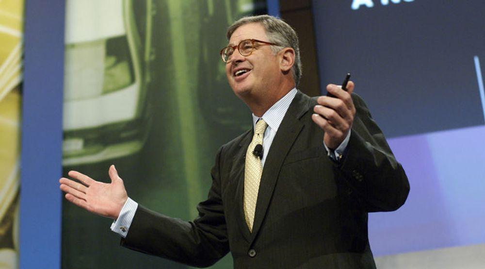 IBMs toppsjef Sam Palmisano har all grunn til å være fornøyd. Torsdag denne uken gikk IBM forbi Microsoft målt i markedsverdi.