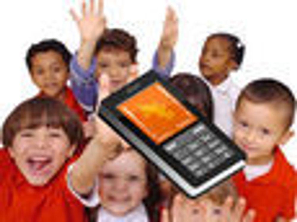Ett av tre skolebarn har mobiltelefon