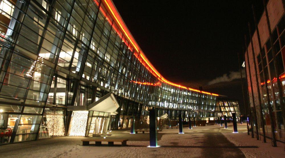 Julefreden kan senke seg over Telenors hovedkvarter på Fornebu. Razzien etter mistanke om brudd på konkurranselovene er nå avsluttet.