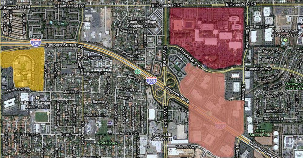 I gult, Apples hovedkvarter i Inifinite Loop. I mørk rosa, HPs område med pc-avdelingen og et briefing-senter, som Apple skal kjøpe. I lys rosa, eiendom som Apple kjøpte i 2006. Avstanden fra Infinite Loop til HPs enorme område er i underkant av to kilometer. (Underlaget for bildet er Google Maps.)