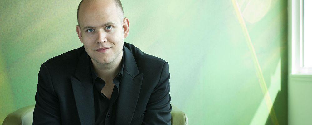 Spotify-gründer Daniel Ek avslører at musikktjenesten snart blir tilgjengelig gjennom TV-apparatet.