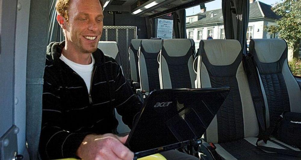 Halden Taxi starter nå opp et pilotprosjekt med gratis mobilt bredbånd til kunder. (Illustrasjonsfoto: Vibeke Havenstrøm)