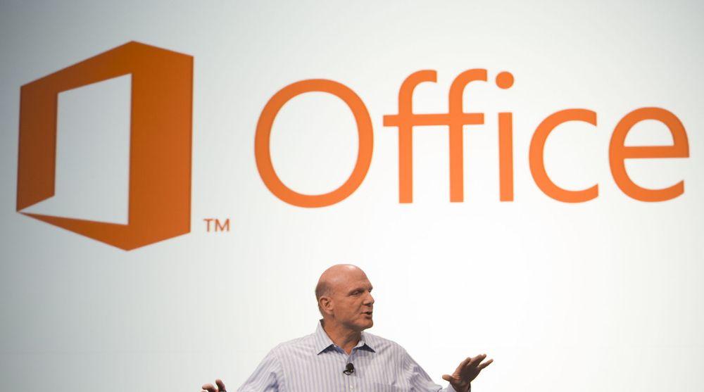 Steve Ballmer og Microsoft har gjort endringer i lisensbetingelsene for Office-pakken med versjon 2013 slik at brukerne ikke får lov til flytte programvaren fra pc til en annen pc.