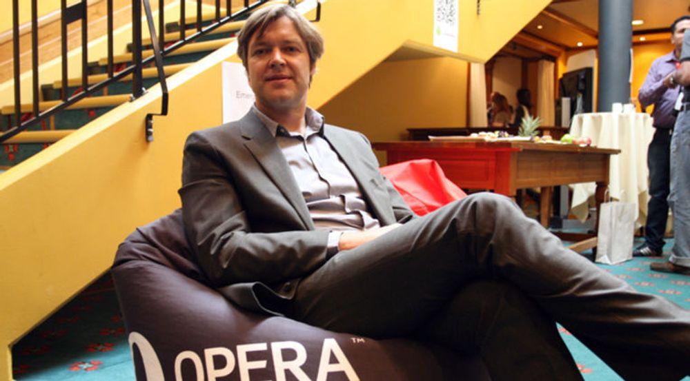 BITTERSØTT: Lars Boilesen i Opera Software kutter hardt i utvikleravdelingen, men tror på vekst ved å satse på iOS og Android.
