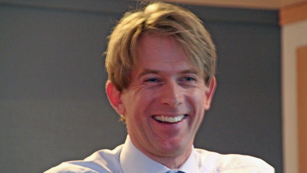 HP-Norgesjef Eivind Roald vet ennå ikke om han skal heve prisene på alle produktene.