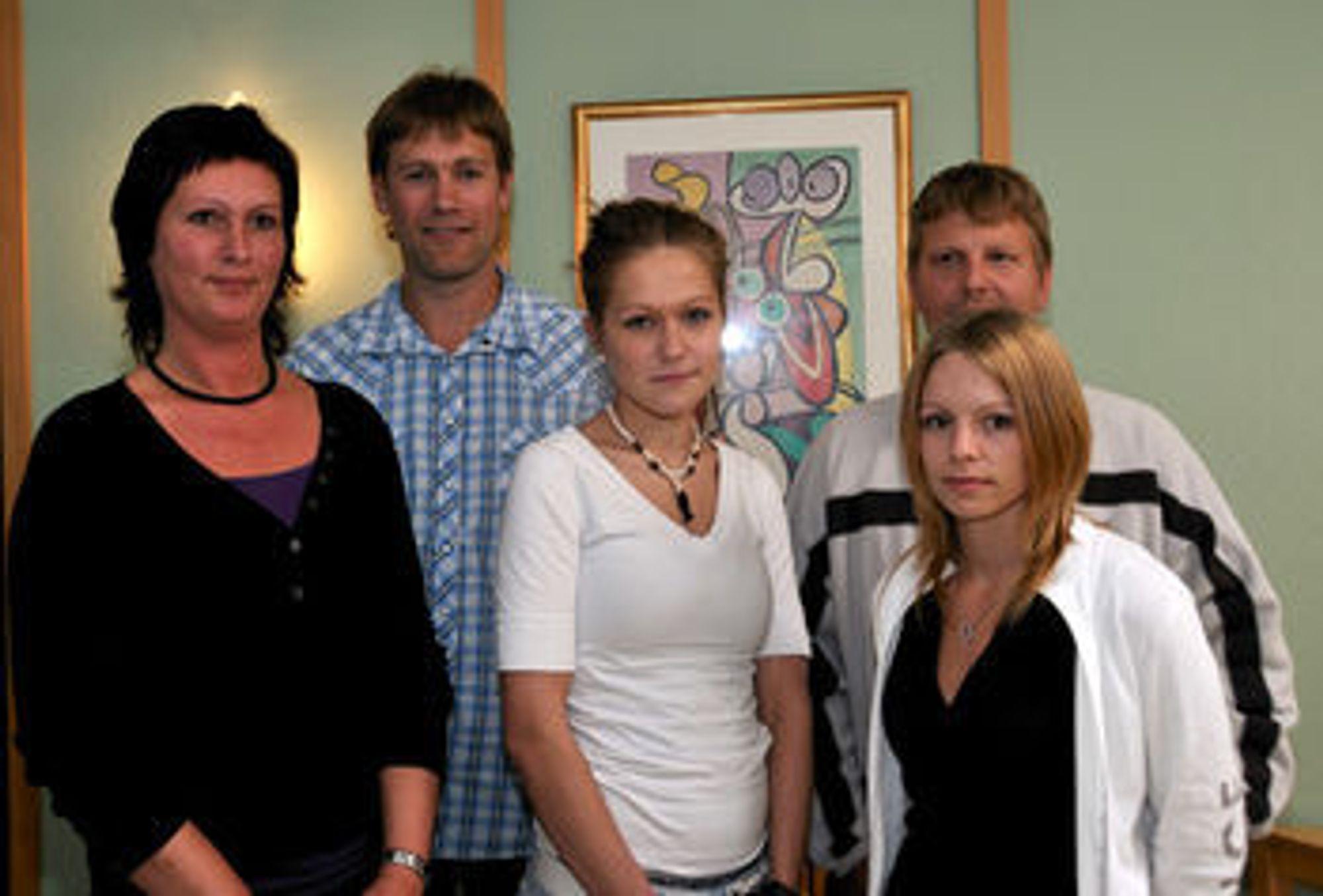 Fra venstre: Trude Helen Flak,Thor Steinsland, Erma Bratic, Tonje Kvalvik og Roger Skogberget.
