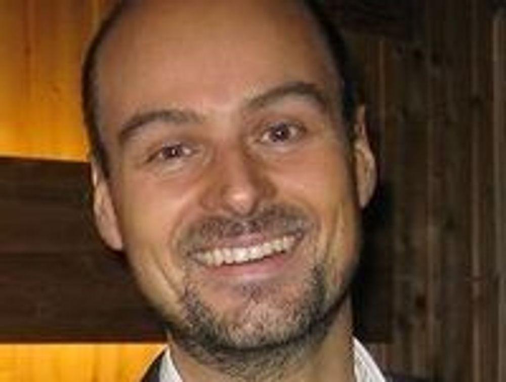 Endelig i pluss. Ikke mye, men langt bedre enn konkurs, sier Intellisearch-sjef Lasse Ruud.