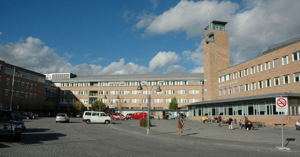 En planlagt nødstrømtest var det som skulle til for at IT-systemene på blant annet Rikshospitalet (bildet) kollapset torsdag morgen.