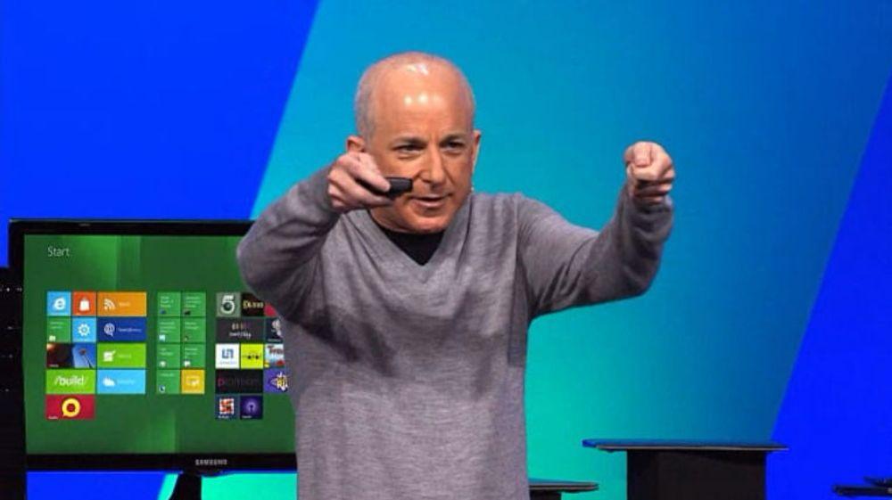 Microsofts Windows-sjef, Steven Sinofsky, da han presenterte Windows 8 og Metro-grensesnittet høsten 2011.