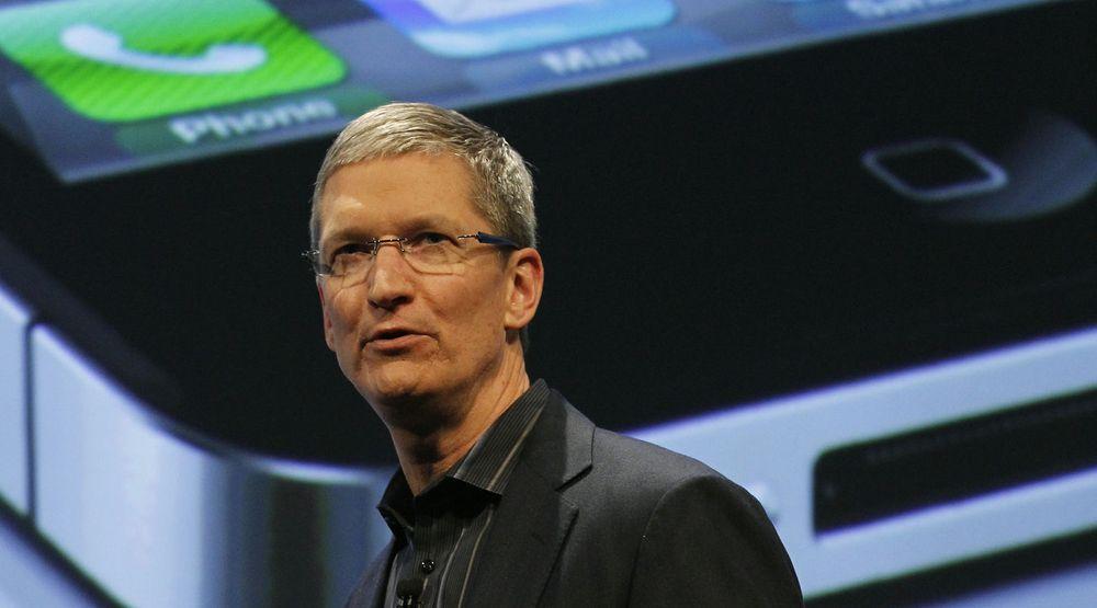Tim Cook slår tilbake mot beskyldningene om at Apple ikke gjør nok for å bedre arbeidsforholdene hos underleverandører.