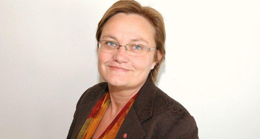 Rigmor Aasrud (Ap) fra Gran blir ny fornyings- og administrasjonsminister, og dermed også IT-statsråd.