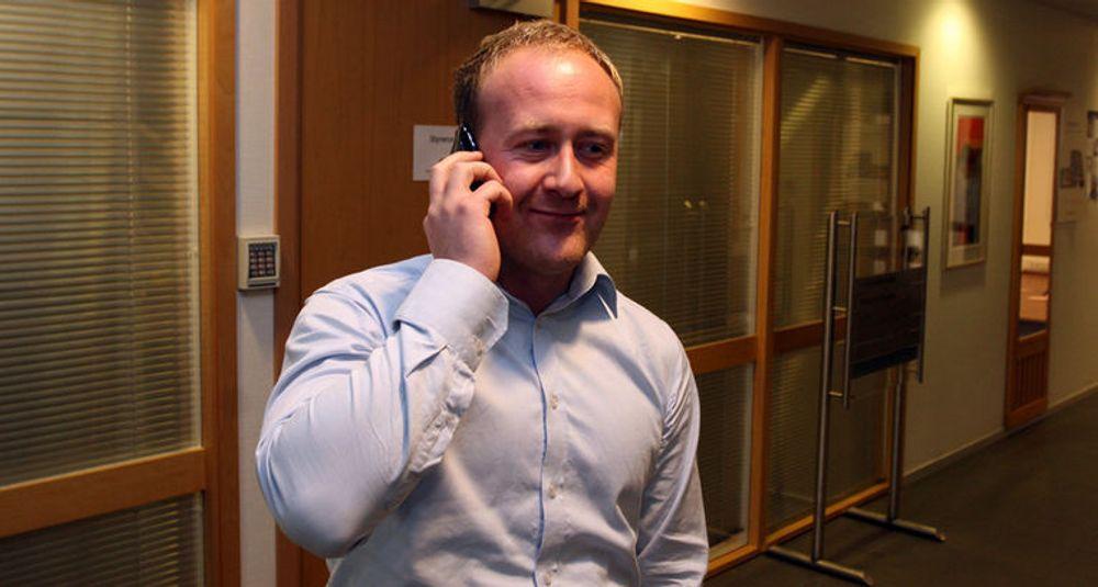 - Fiber er helt nødvendig for å kunne tilby fremtidens mobile tjenester, sier Øyvind Vederhus i Netcom.