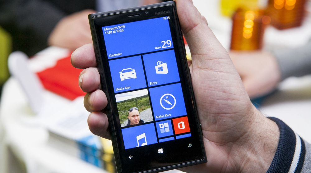 Nokia er den klart største leverandøren av Windows Phone-enheter. Ifølge IDC var 76 prosent av Windows Phone-mobilene som ble levert i fjerde kvartal av 2012, levert av Nokia.