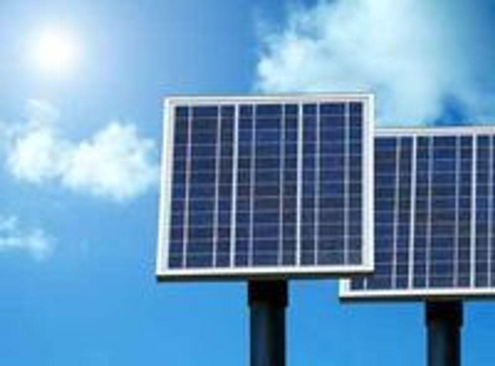 Vil drive norske telemaster med solenergi