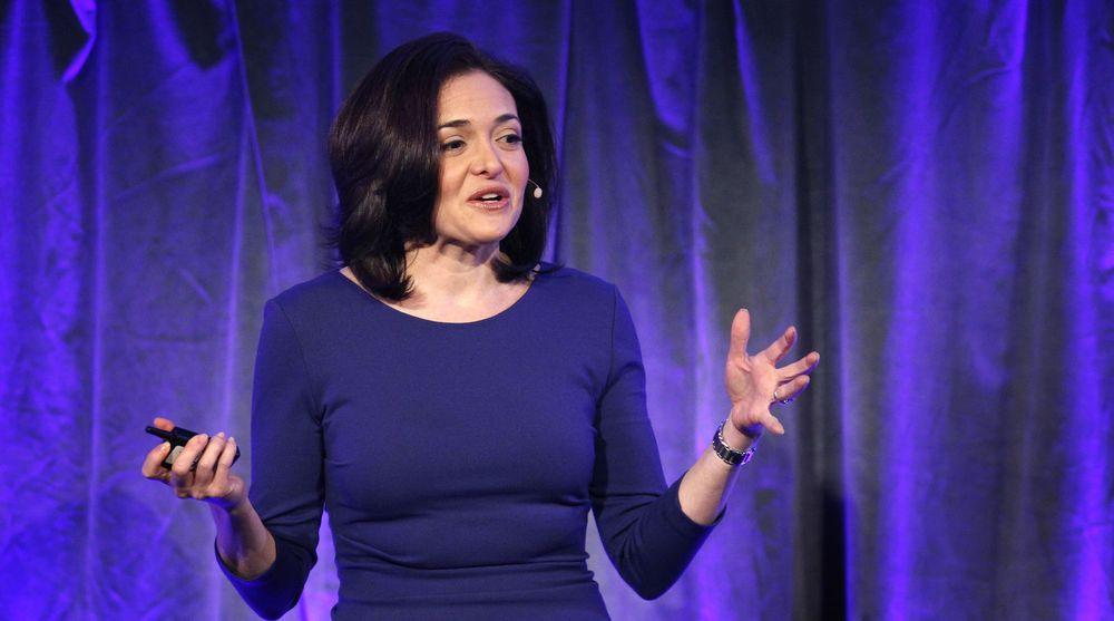 Chief Operating Officer Sheryl Sandberg leder arbeidet med å utvikle forretningsmodellen til Facebook. Her holder hun hovedforedraget på markedsføringskonferansen i New York onsdag.