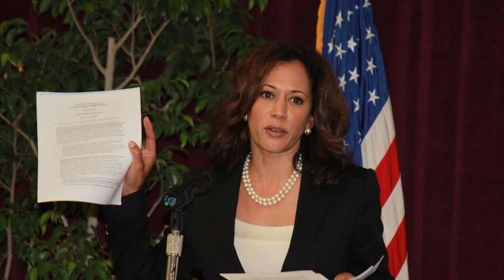 Attorney general i California,Kamala D. Harris. Her i forbindelse med et arrangement i Santa Barbara i oktober 2011.