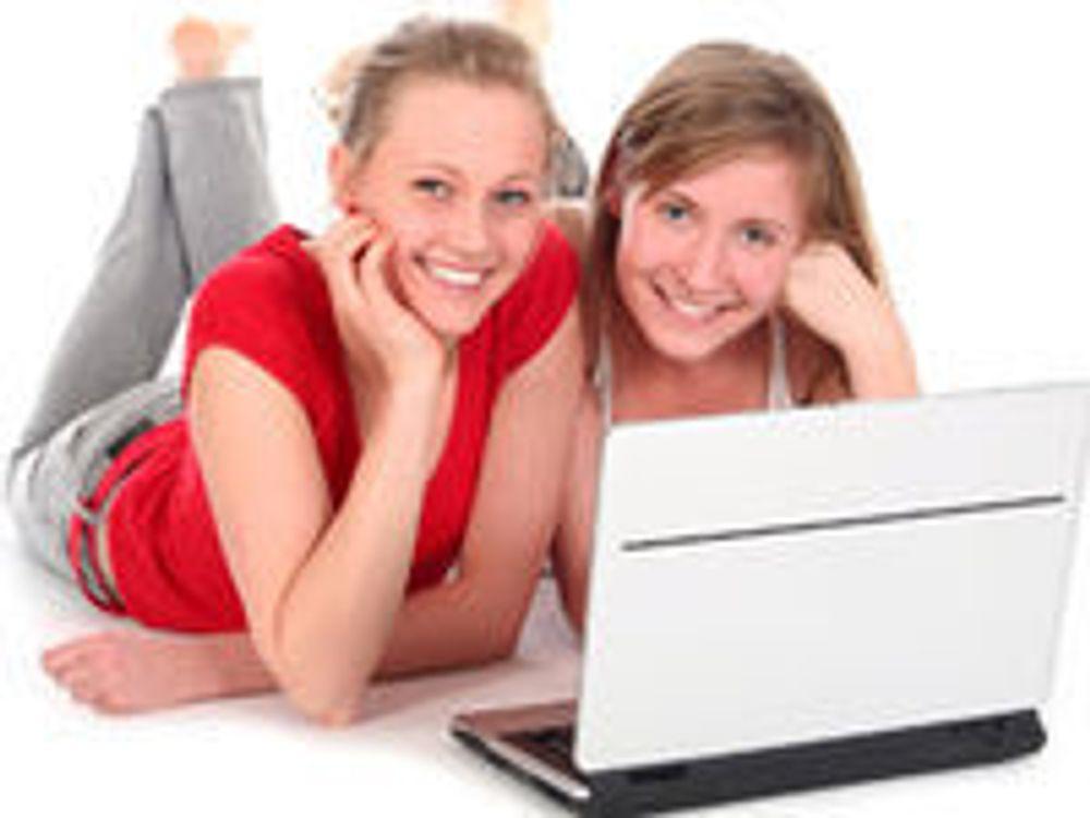 NTNU byr jenter på gratis IT-camp