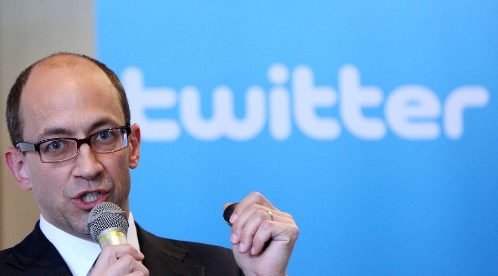 Twitters toppsjef, Dick Costolo, opplyste på en konferanse denne uken at selskapets mobile inntekter har vært over inntektene på nettsidene flere dager det siste kvartalet.