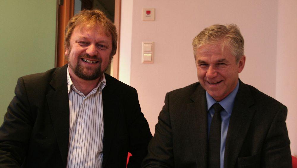 Erik Amundrud og Anders Nilsson i Know IT er på ingen måte lønnsledende, men de garanterer en trygg jobb.