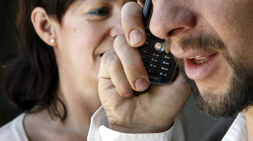 Annenhver mann får dekket mobilregningen av arbeidsgiveren, mens bare en av fem kvinner får det, viser ny undersøkelse NetCom har gjennomført.