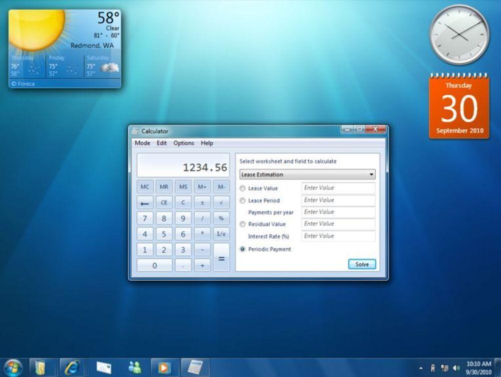 Slik kan skrivebordet i Windows 7 se ut. Gadgets legges rett på bakgrunnen.