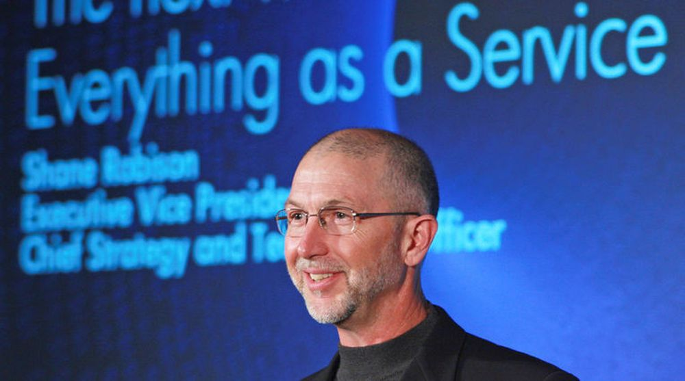 Shane Robison har ledet HPs strategiarbeid i 11 år. Her på en pressekonferanse 6. mars 2008, da visjonen «Everything as a Service» ble presentert.