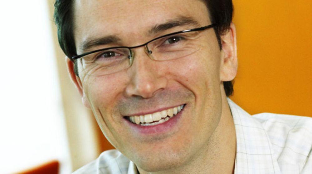 Petter Merok blir Microsofts global account chief technology officer mot Telenor. Det er lang tradisjon for at Microsofts norske ledere får opprykk og gis mer ansvar internasjonalt, og dette er nok et eksempel.