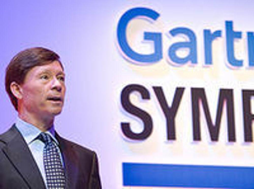 Gartner-sjef Gene Hall under sin hovedinnledning på Gartner-symposiet i Cannes i november 2008.