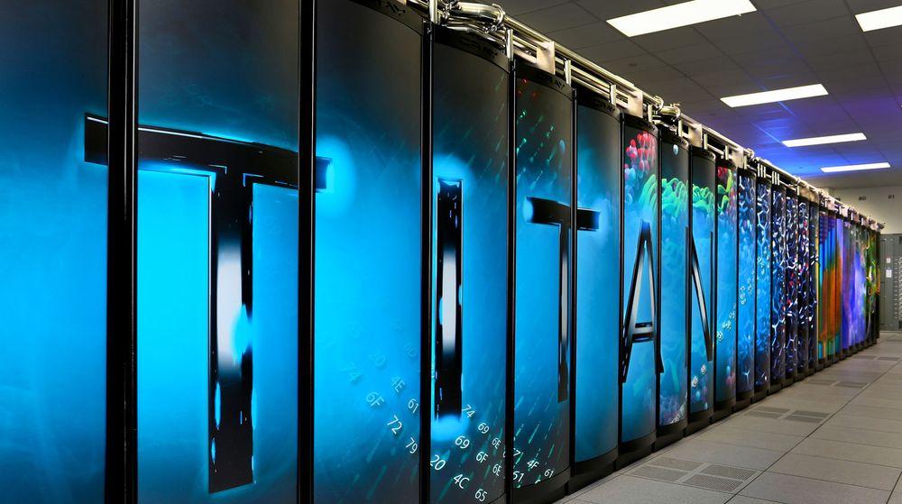 Superdatamaskinen Titan ved Oak Ridge National Laboratory i USA har inntatt førsteplassen i novemberutgaven av TOP500 Supercomputer Sites-listen.