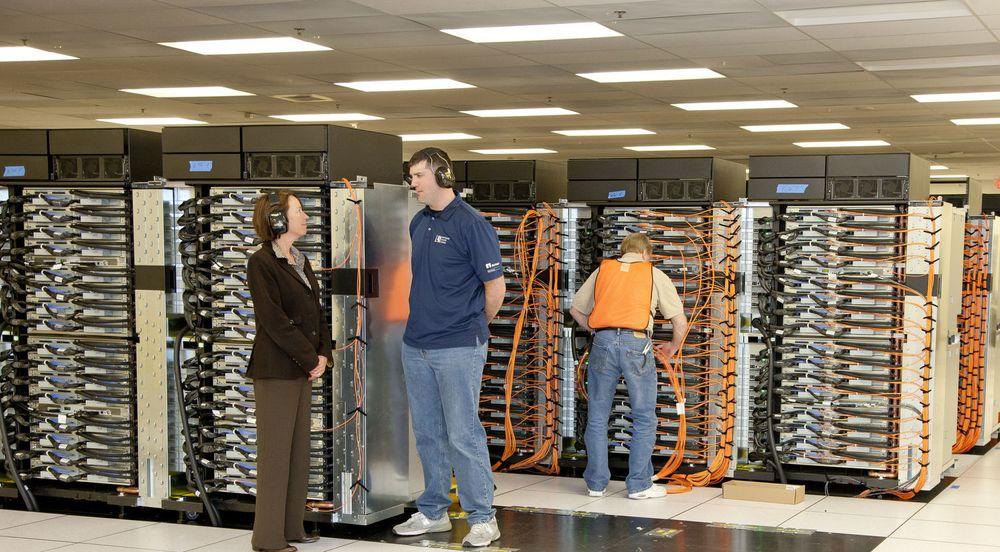 Detaljbilde fra verdens kraftigste superdatamaskin Sequoia, av typen IBM Bluegene. Forskningsmidler fra FastForward skal om fem til ti år gi systemer som er tusen ganger så kraftige, uten å bruke særlig mer energi.
