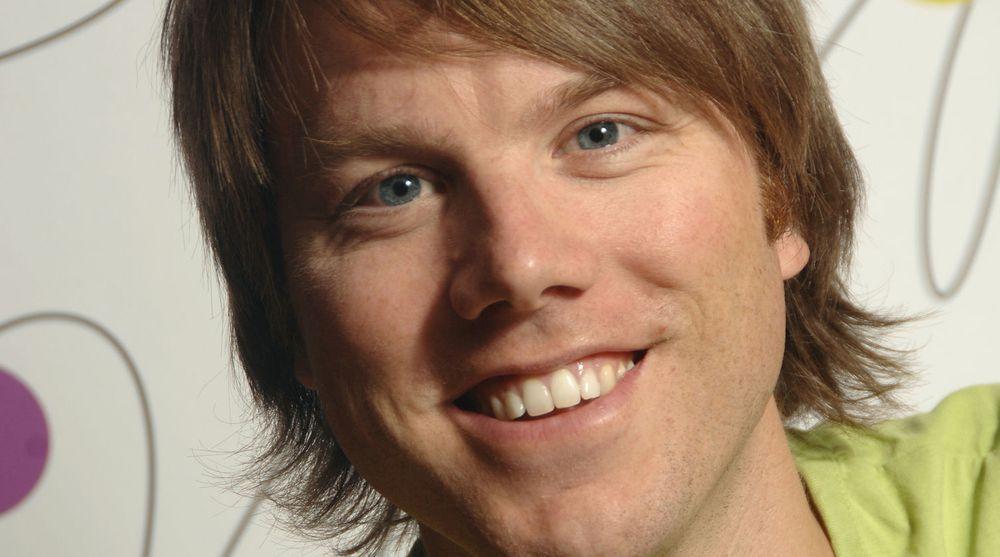 Martin Bekkelund går fra Friprogsenteret til toppjobb i Posten Norge.