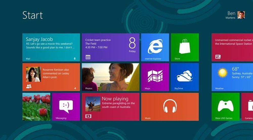 """Microsofts nye grensesnitt har fått navnet Metro, men det skal fases ut. Nå oppfordres alle ansatte i Microsoft til å bruke betegnelsen """"Windows 8-style UI"""" for å beskrive de helt nye elementene inntil et nytt navn er på plass. Hvorfor? Det er noe mer uklart..."""
