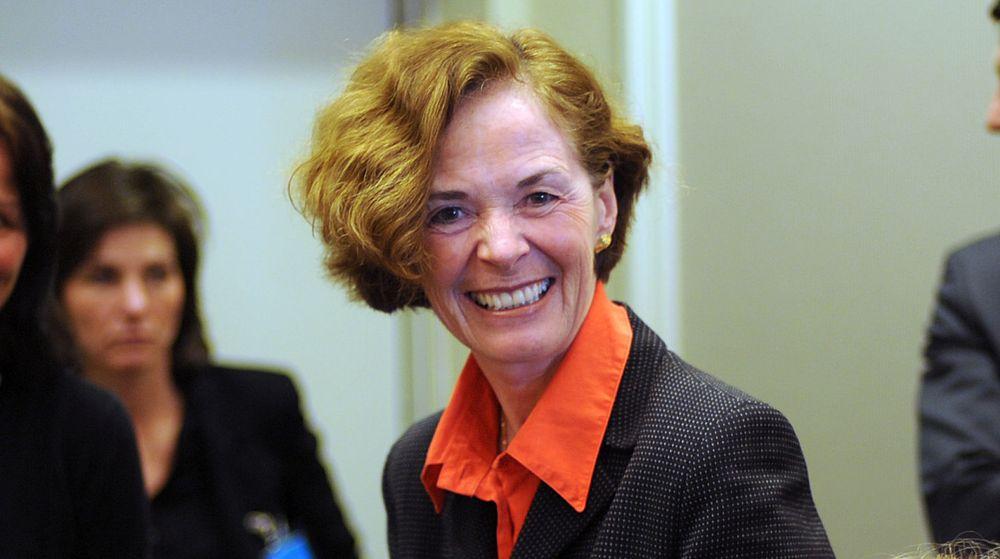 Siri Hatlen blir ny styreleder for Teknologirådet, som torsdag ble oppnevnt for en ny fireårs-periode av nærings- og handelsdepartementet. Hatlen har tidligere vært adm. direktør ved Oslo Universitetssykehus men er i dag frittstående konsulent.